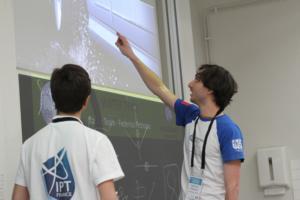 IPT 2017 - Physics Fights